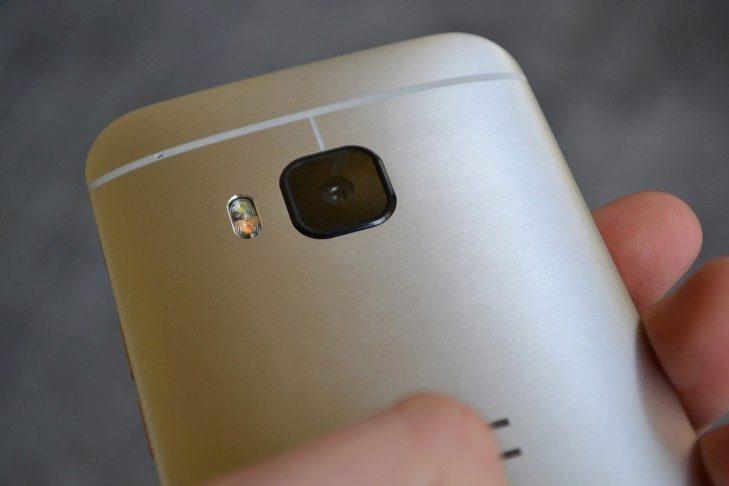 HTC One M9 - konstrukce (12)