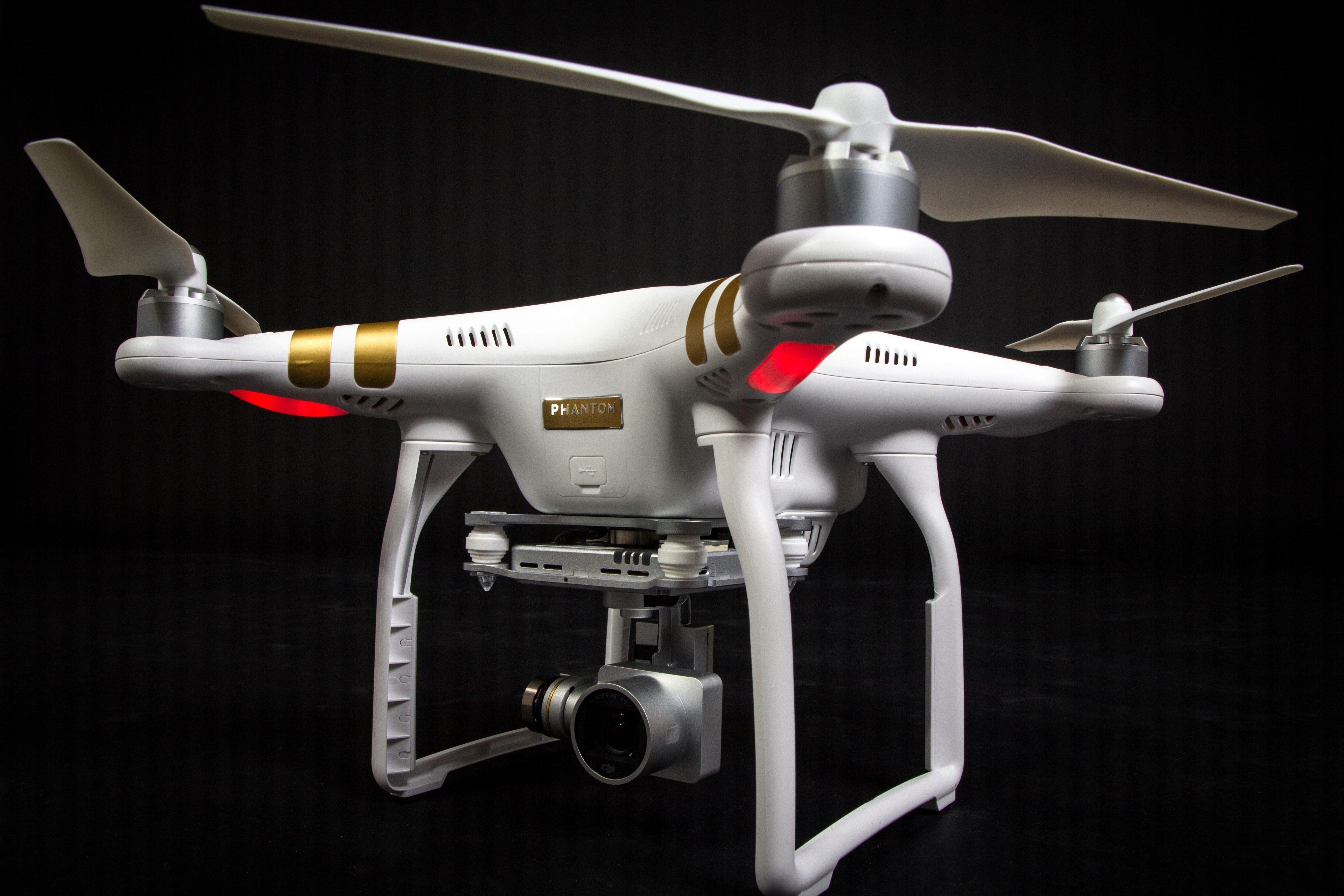 dji phantom 3 dron kter ho si zamilujete recenze sv t androida. Black Bedroom Furniture Sets. Home Design Ideas