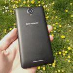 Lenovo A5000 – záda telefonu