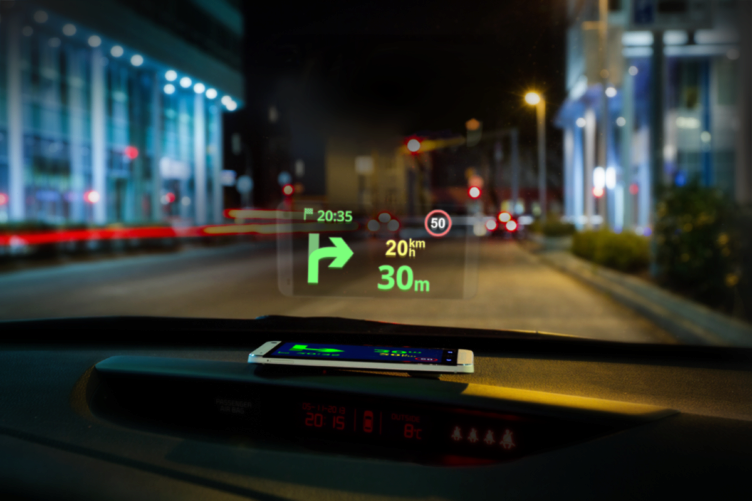 Sygic Head-up Display promítá informace do čelního skla