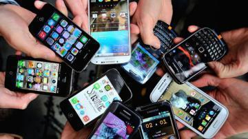 Lots-of-smartphones