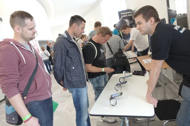 Alza Android RoadShow 2015 Praha - smart and wereables (2)