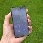 Sony Xperia Z3 Compact – přední strana telefonu (2)