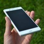 Sony Xperia Z3 – přední strana telefonu (2)