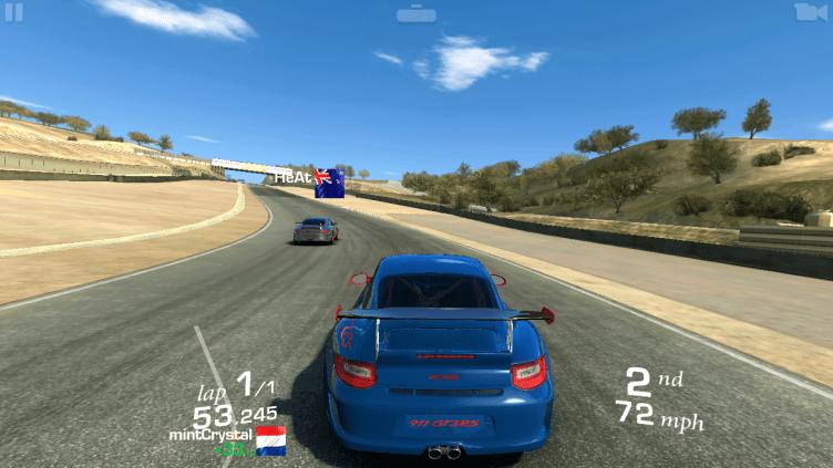 Real Racing 3 jsme si zahráli velmi dobře a bez problémů