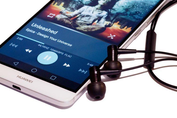 Creative Aurvana In-Ear 2 Plus přehrávání