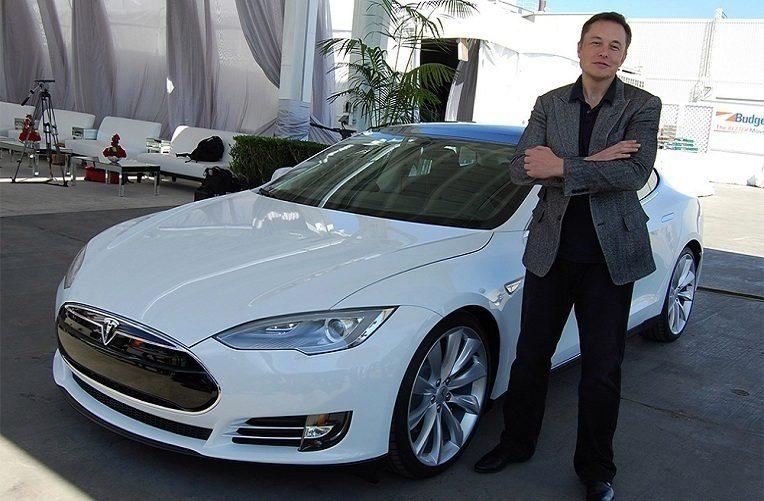 Tesla – Musk náhled