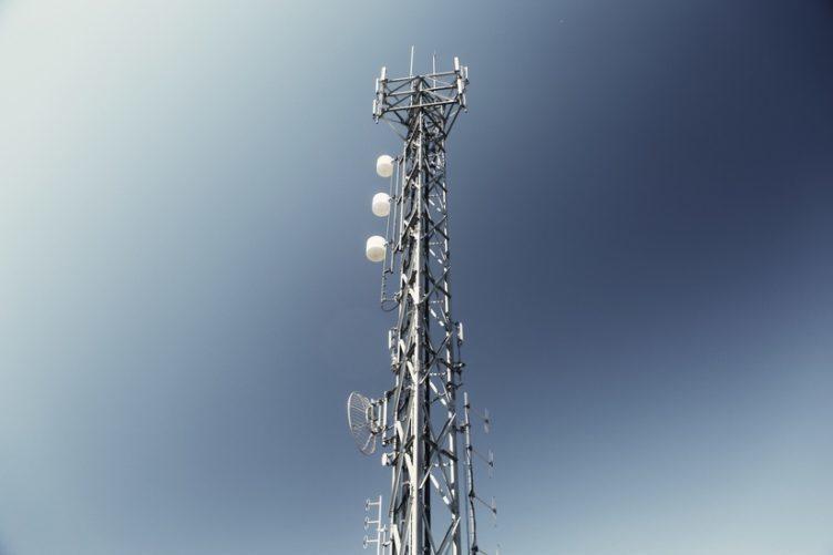 roaming věž eu rušení
