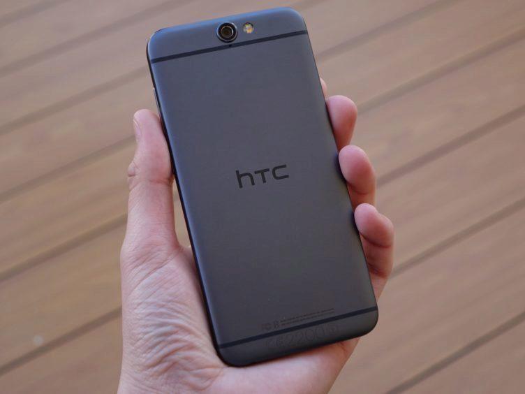 HTC One A9 - konstrukce, záda telefonu