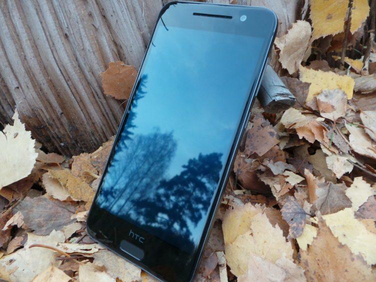 HTC One A9 - plocha displeje