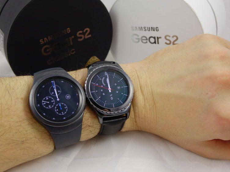 Samsung Gear S2 - srovnání variant na ruce