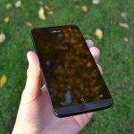 Asus Zenfone 5 – přední strana telefonu (4)