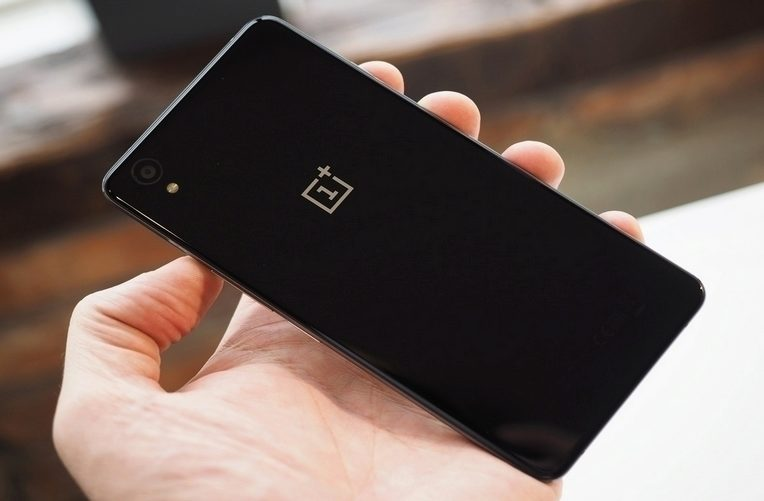oneplus android 6 hlavni