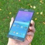 Samsung Galaxy Note 4 – přední strana, displej (4)