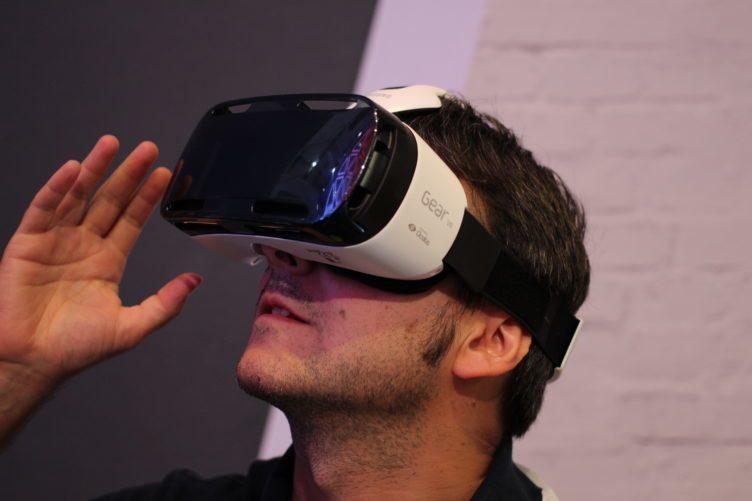 V současné době zažíváme rozmach virtuální reality