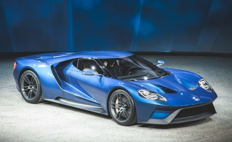 Ford GT s Gorilla Glass