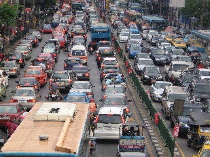 Waze pomáhá řešit problémy s přetíženou dopravou