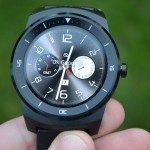 LG G Watch R – displej (1)