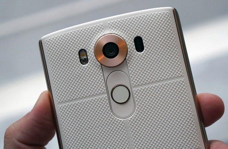 LG-V10-kamery-smartfona
