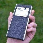 Vertu Aster – zadní strana telefonu (1)