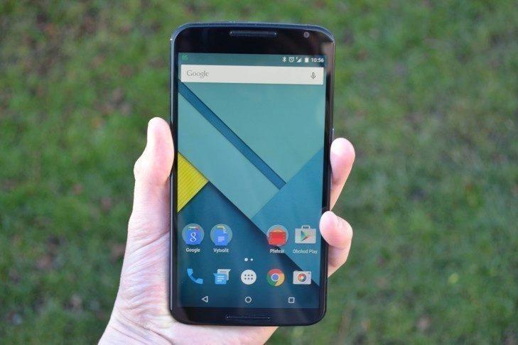 Nexus 6 - displej