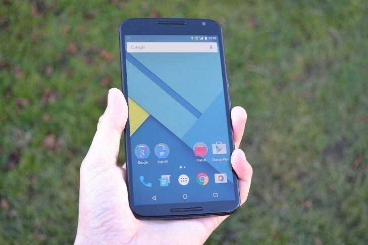 Nexus 6 - přední strana telefonu (7)