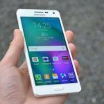 Samsung Galaxy A5 – přední strana telefonu (5)