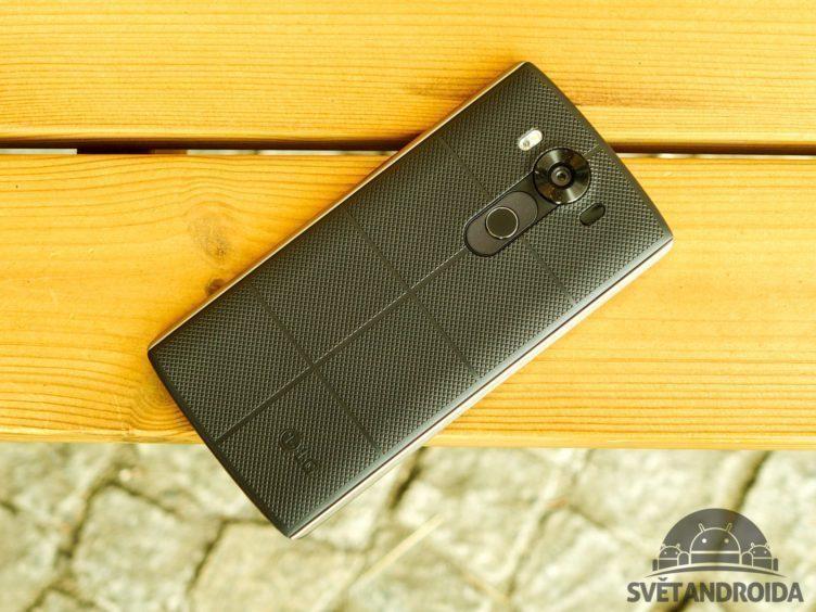 LG V10 - konstrukce, zadní část (2)