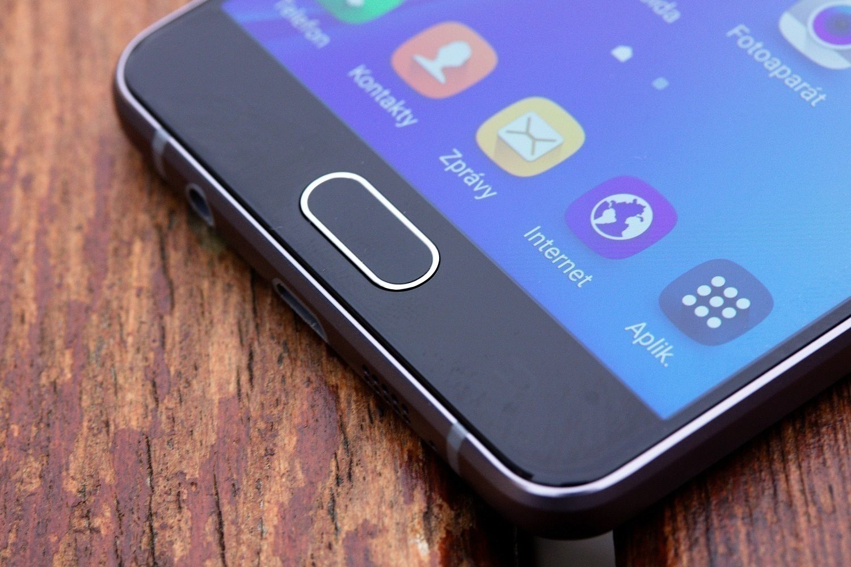Samsung Galaxy A5 (2016) čtečka