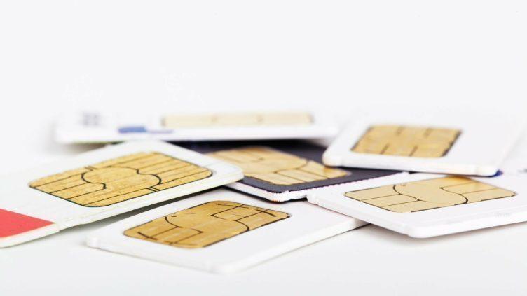 Prvním krokem by mělo být zablokování SIM karty