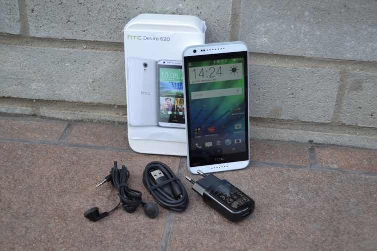 HTC Desire 620 -  obsah balení