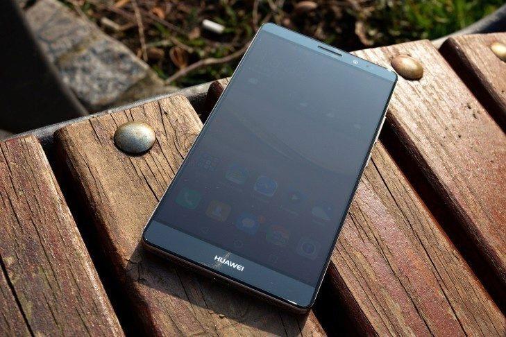 Huawei Mate 8 čelní strana
