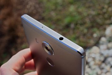 Huawei Mate 8 vrchní strana