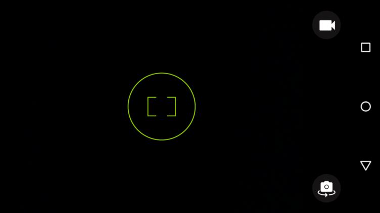 Motorola Moto X (2014) - aplikace fotoaparátu-1