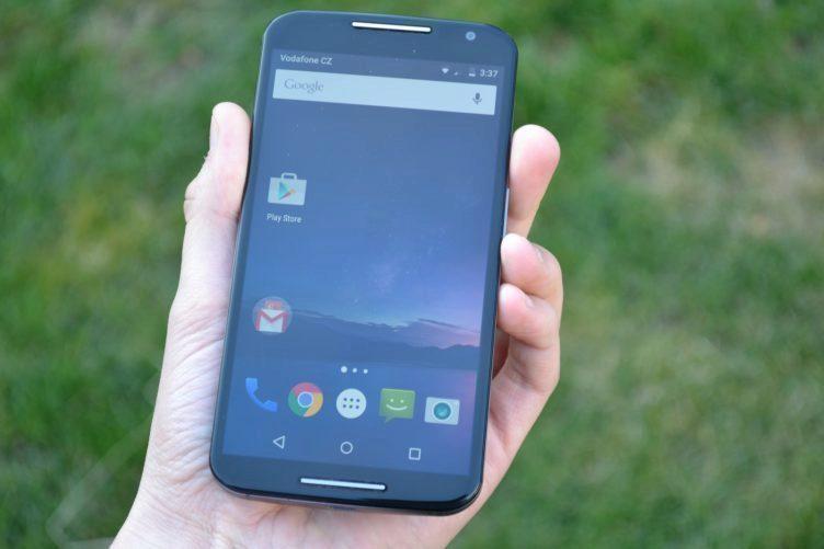Motorola Moto X (2014) - přední strana telefonu