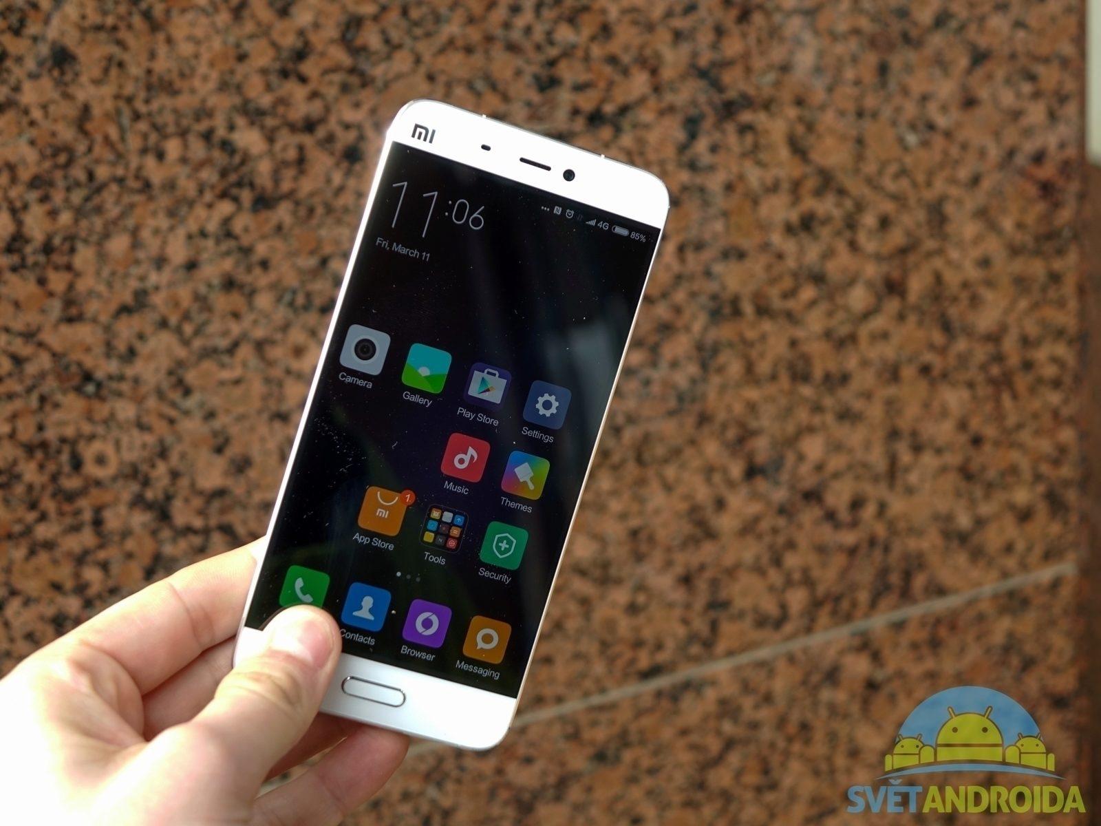 Xiaomi Mi5 - konstrukce, hmotnost
