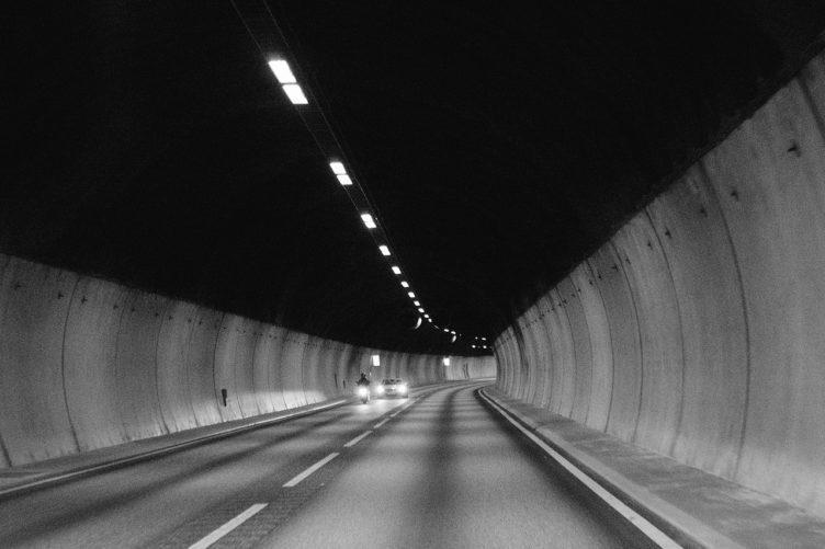 V tunelech se Waze ztrácí