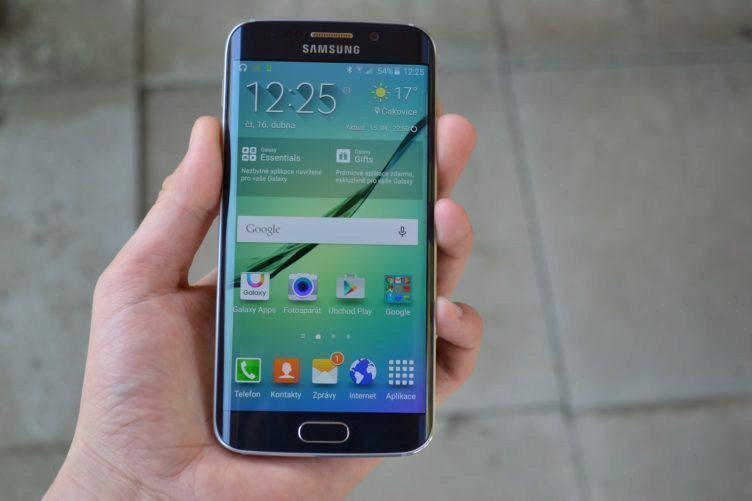 Samsung Galaxy S6 Edge - displej