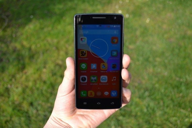 THL 2015 - přední strana telefonu (2)