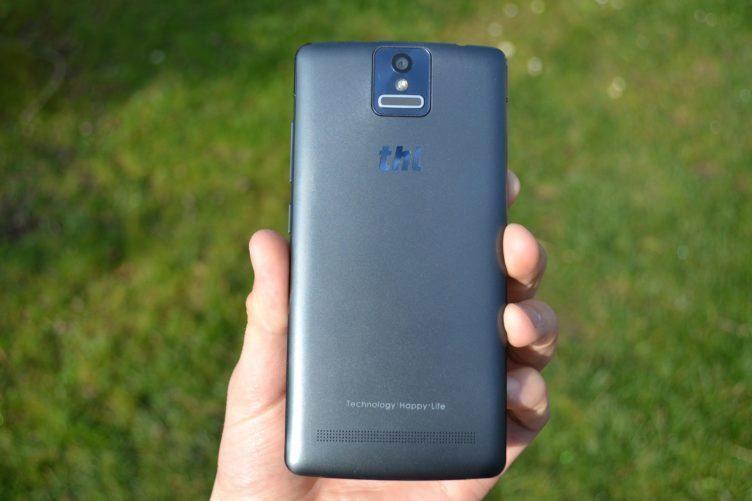 THL 2015 -  zadní strana telefonu (1)