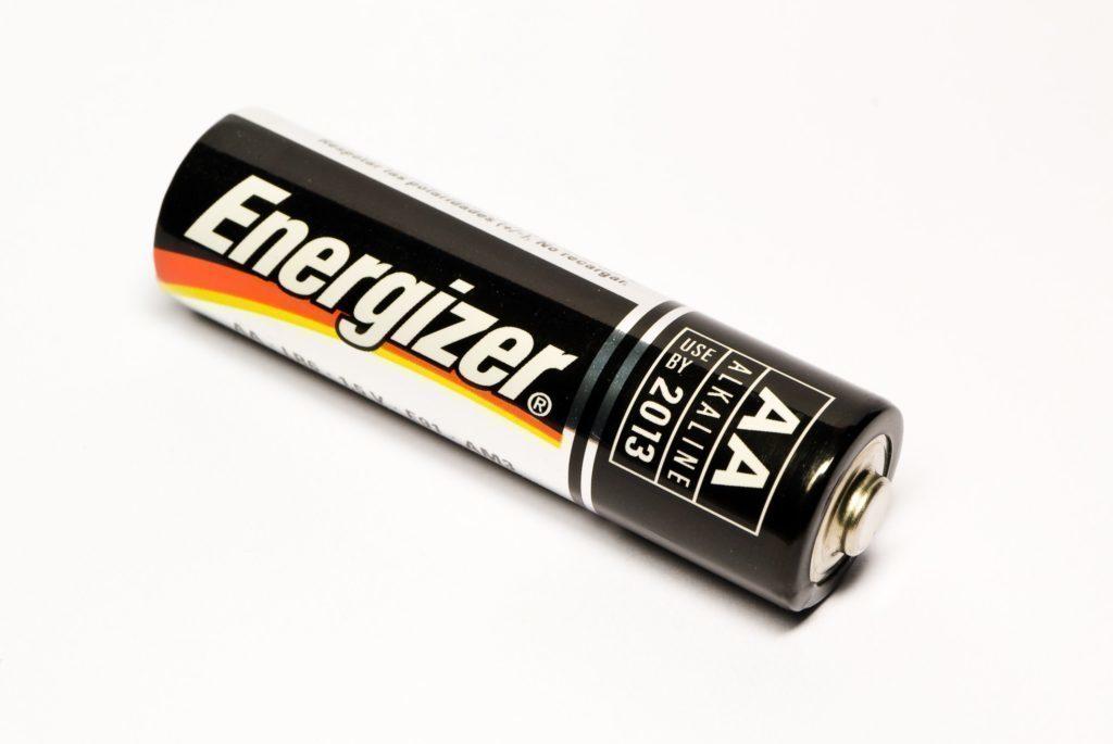 Alkalická baterie nevydrží dodávat potřebný proud