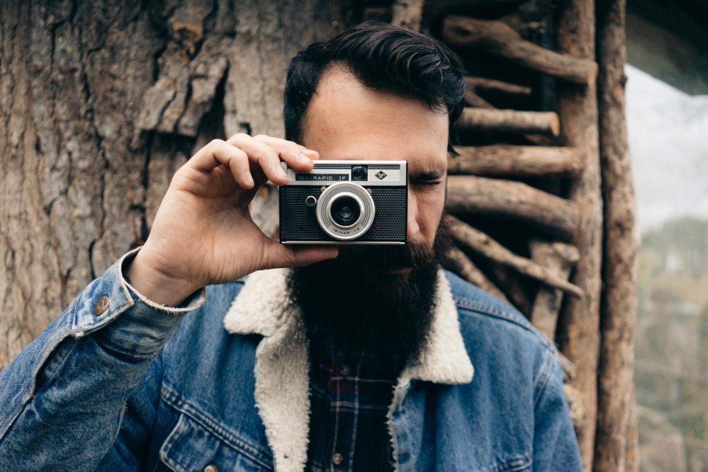 Kolik fotek ještě pořizujete foťákem na kinofilm?