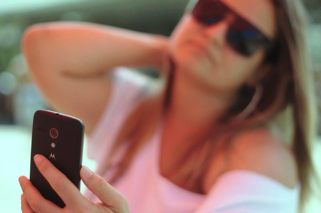 Pořizování selfies souvisí se snahou získat uznání
