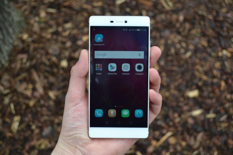 Huawei P8 - displej