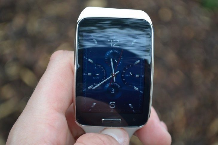 Samsung Gear S - displej