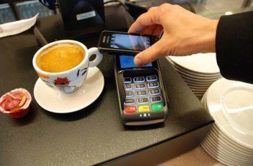 Proč (ne)platíte mobilním telefonem?  (Víkendová hlasovačka)