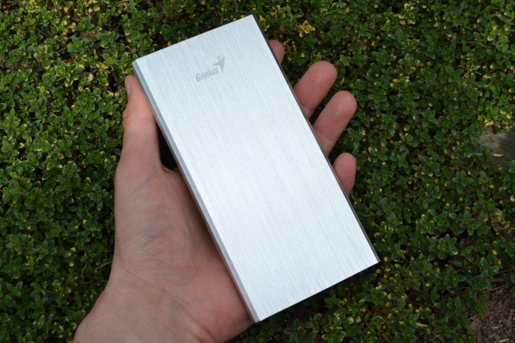 Genius ECO-u1200 - konstrukce, přední strana (3)