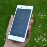 Sony Xperia M4 Aqua – přední strana telefonu (3)