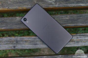 Sony Xperia X záda