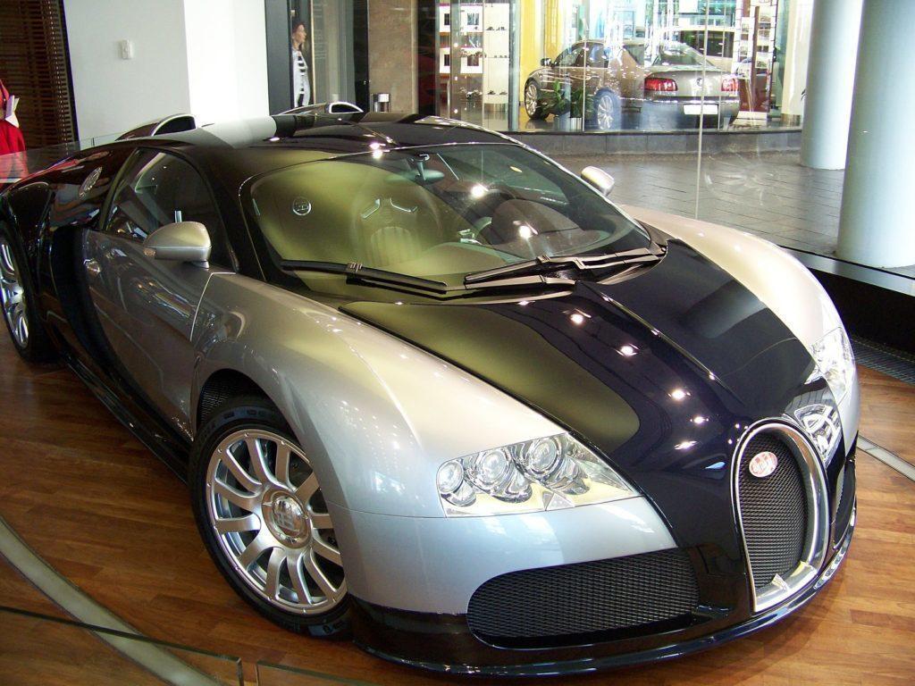 Chystané véčko nese kódové jméno Veyron, stejně jako supersport od Bugatti